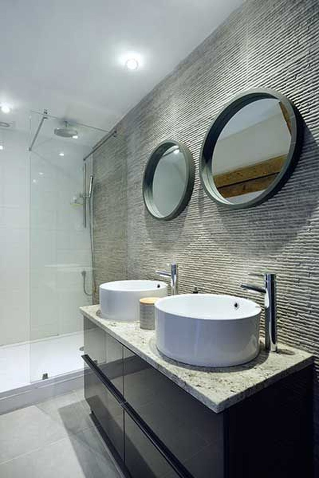 The Best Stone Tile Bathroom Ideas To Decorate Your Bathroom 29