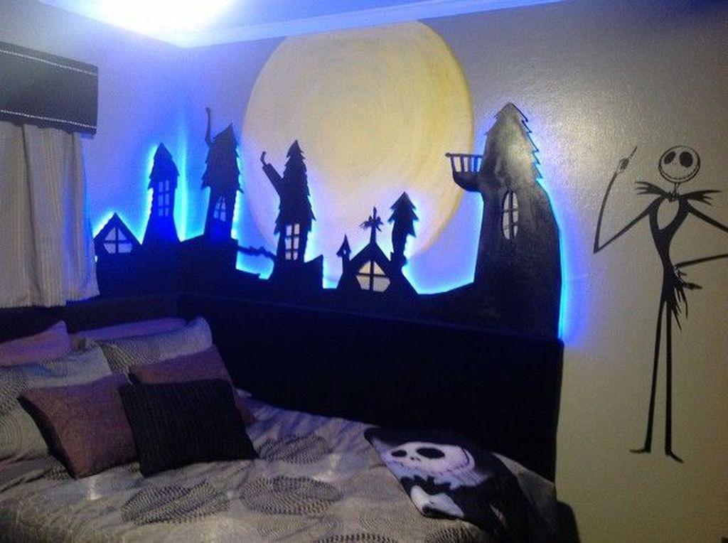 Amazing Bedroom Decoration Ideas With Halloween Theme 02