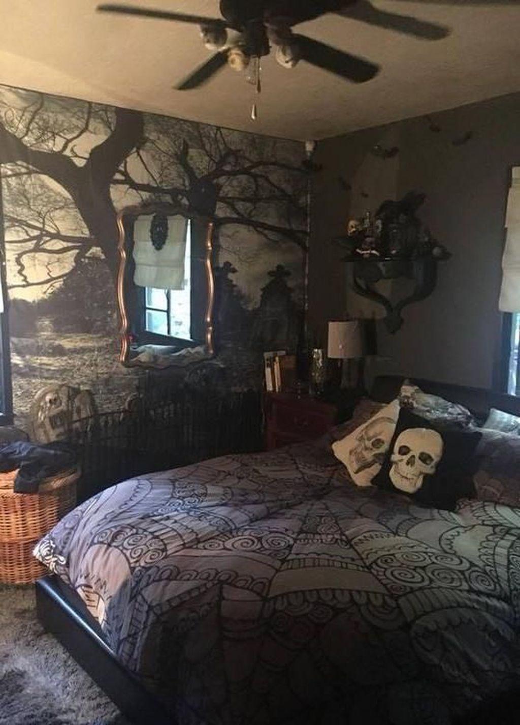 Amazing Bedroom Decoration Ideas With Halloween Theme 10