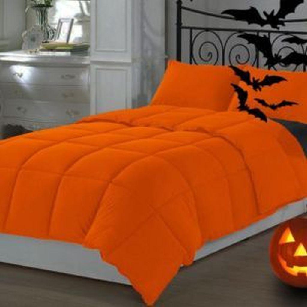 Amazing Bedroom Decoration Ideas With Halloween Theme 24