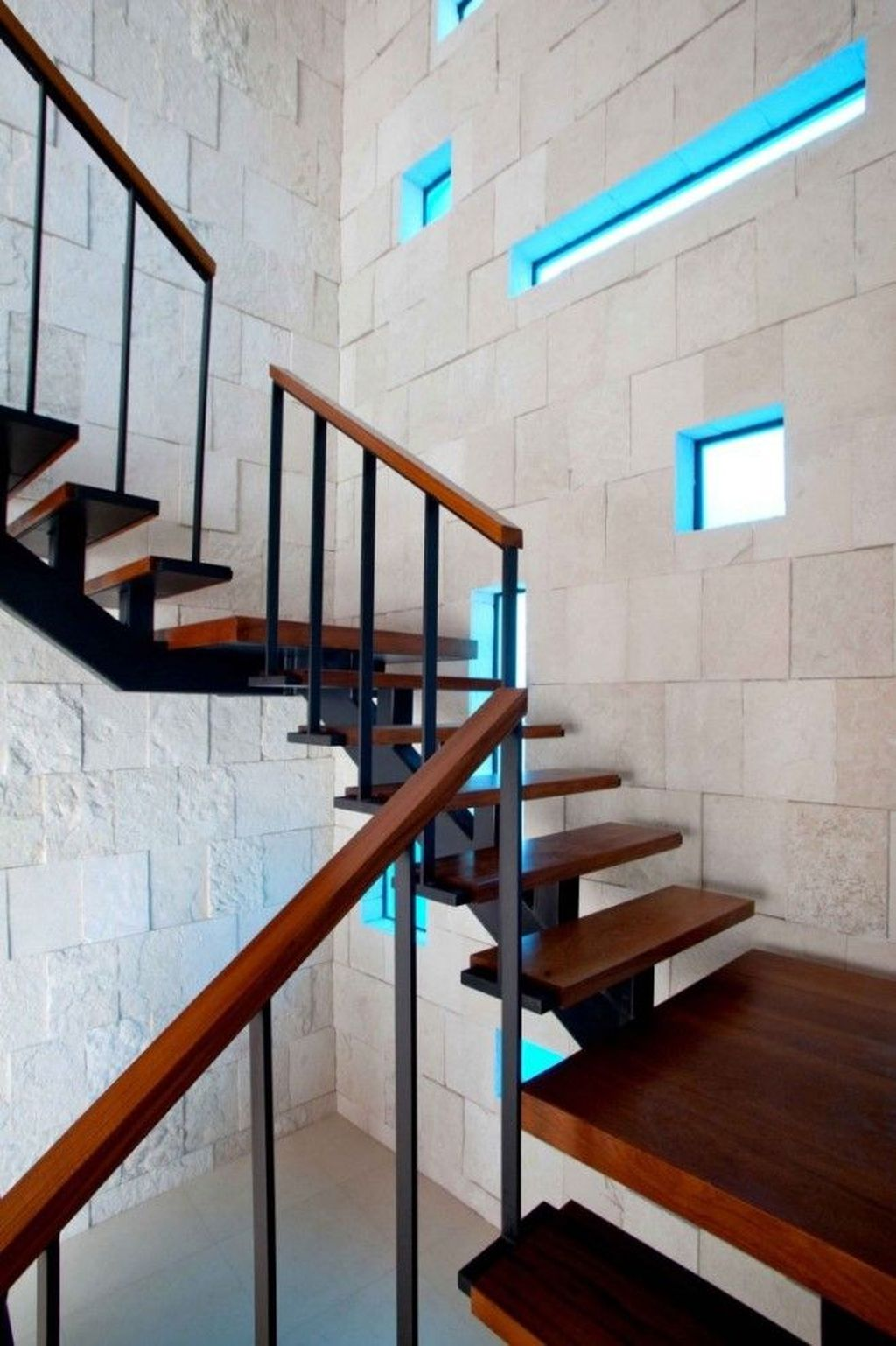 Awesome Minimalist Home Stairs Design Ideas 07