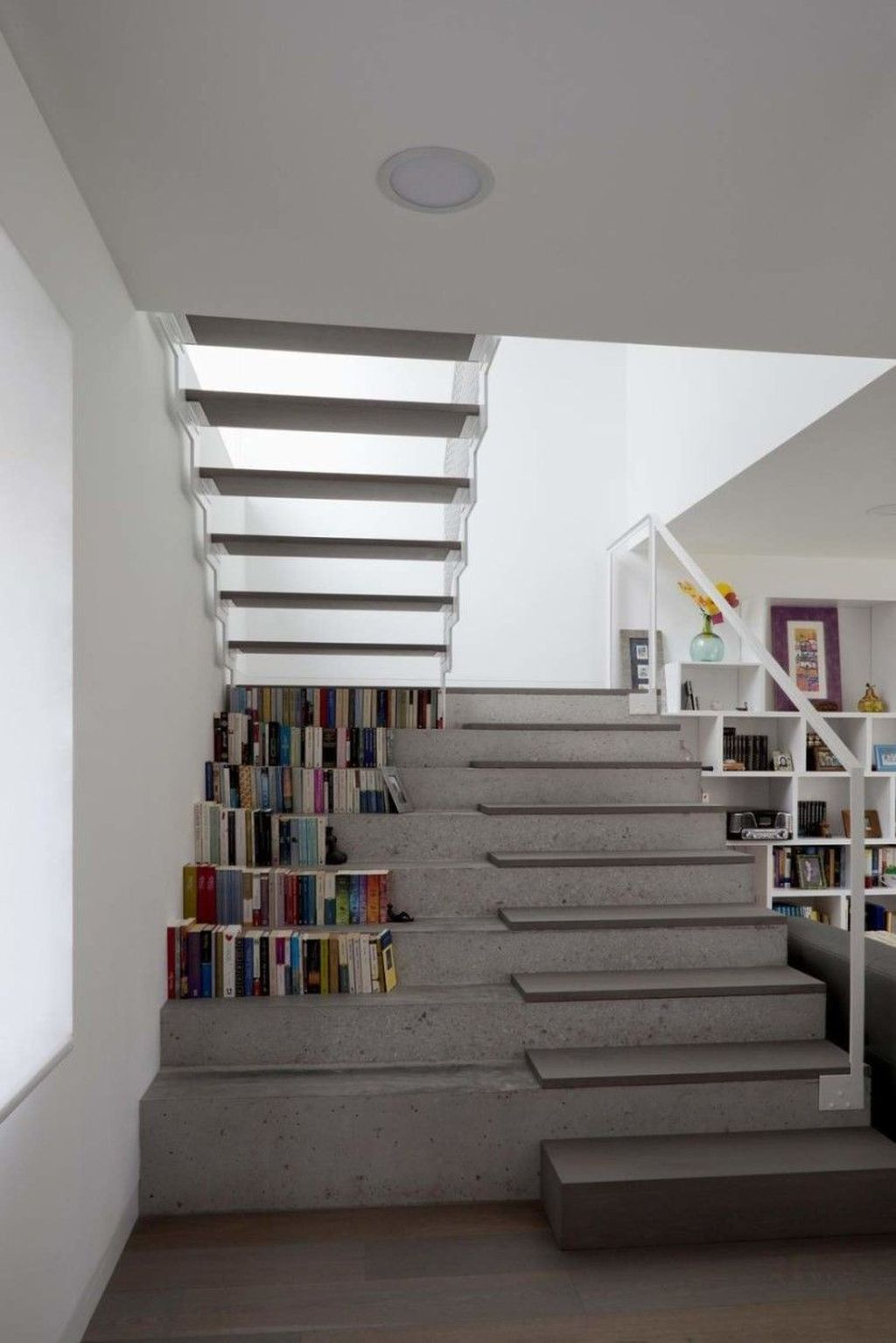 Awesome Minimalist Home Stairs Design Ideas 28