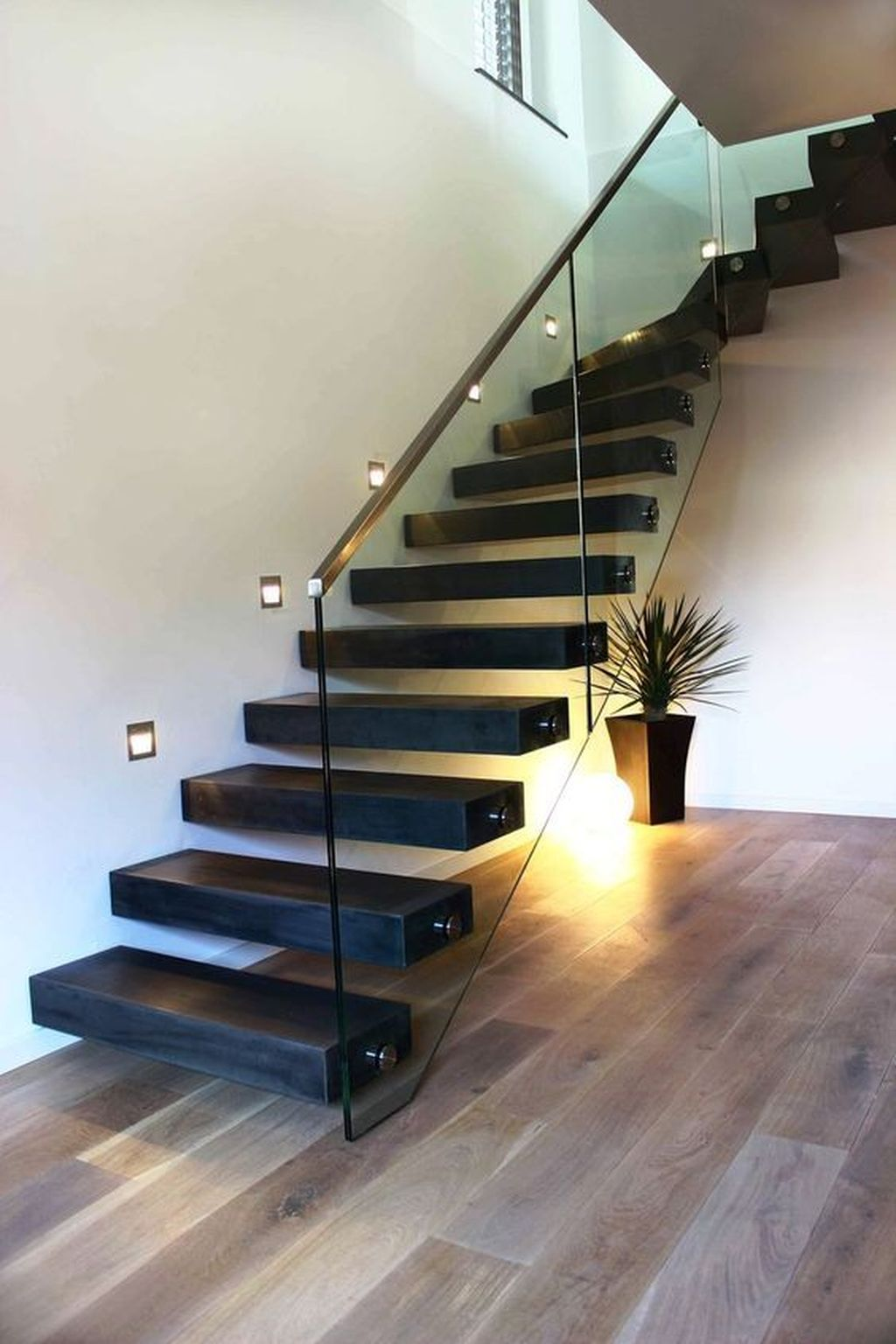 Beautiful Home Stairs Design Ideas With Modern Style 11