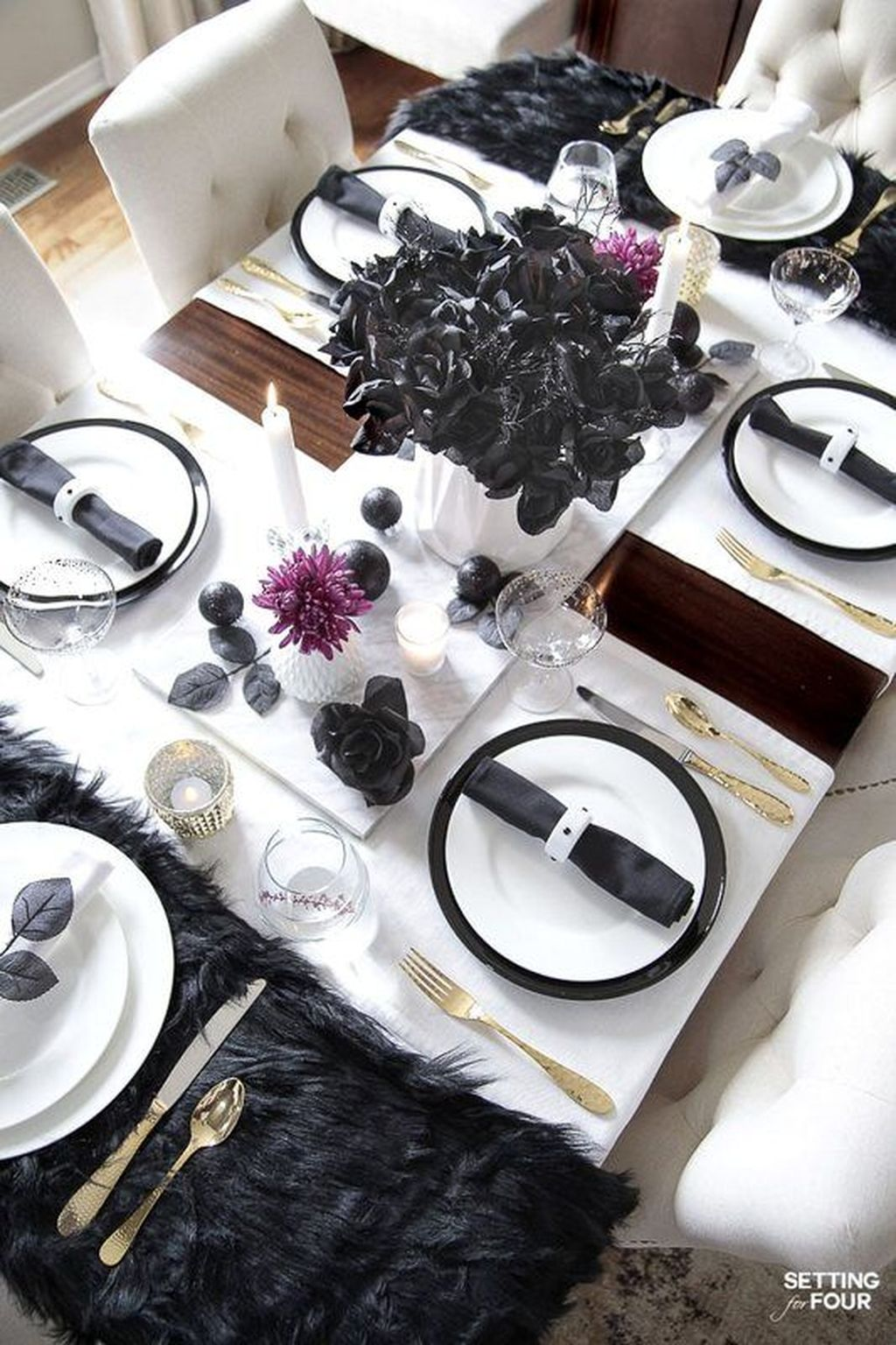 Fabulous Halloween Theme Dining Table Decor Ideas 10