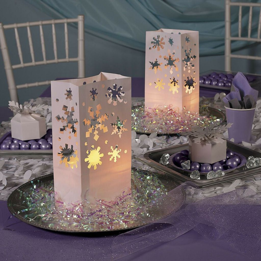 Awesome Winter Wonderland Party Decorations Ideas 02
