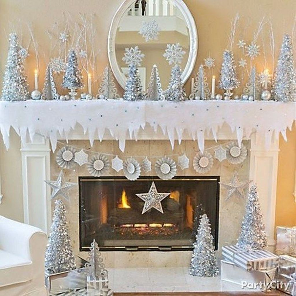 Awesome Winter Wonderland Party Decorations Ideas 23