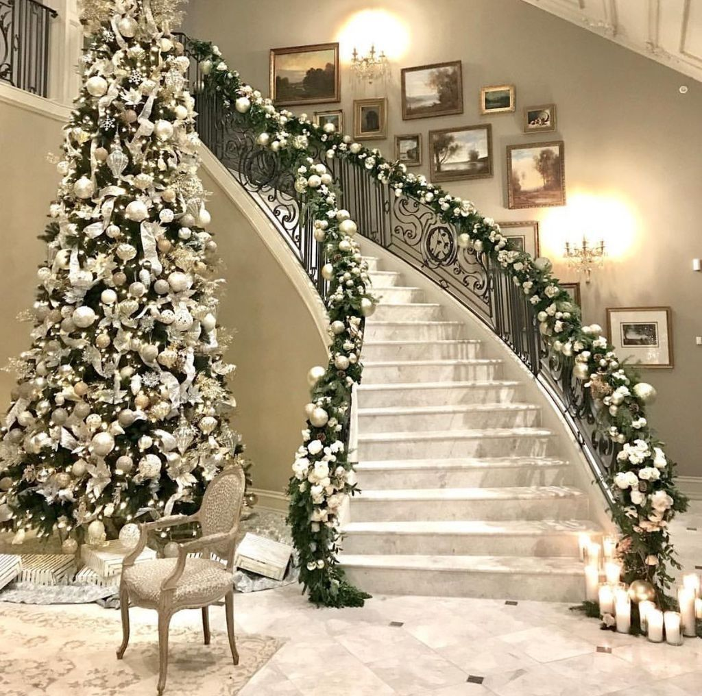 Beautiful Christmas Tree Decorations Ideas 16