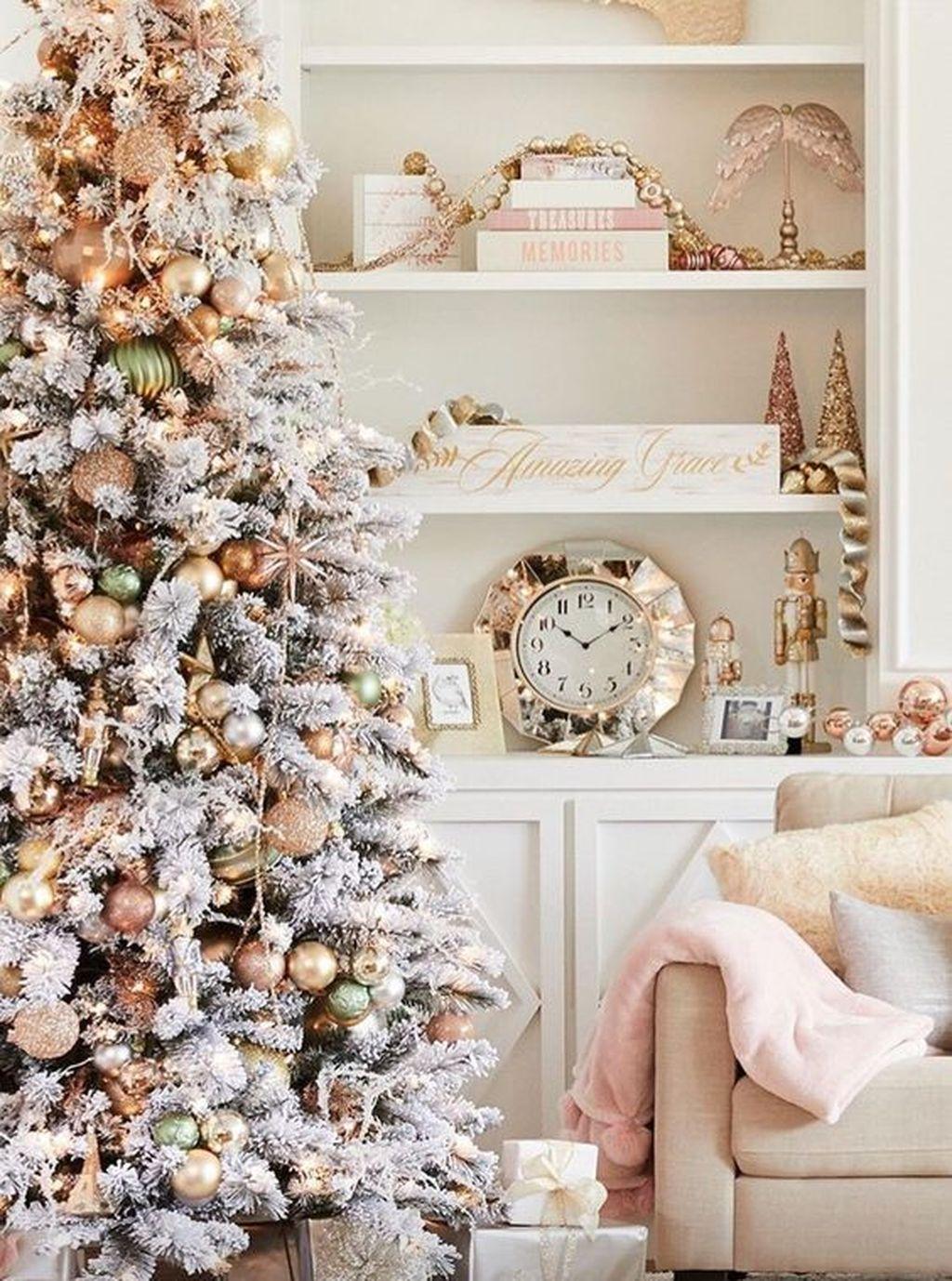 Beautiful Christmas Tree Decorations Ideas 27