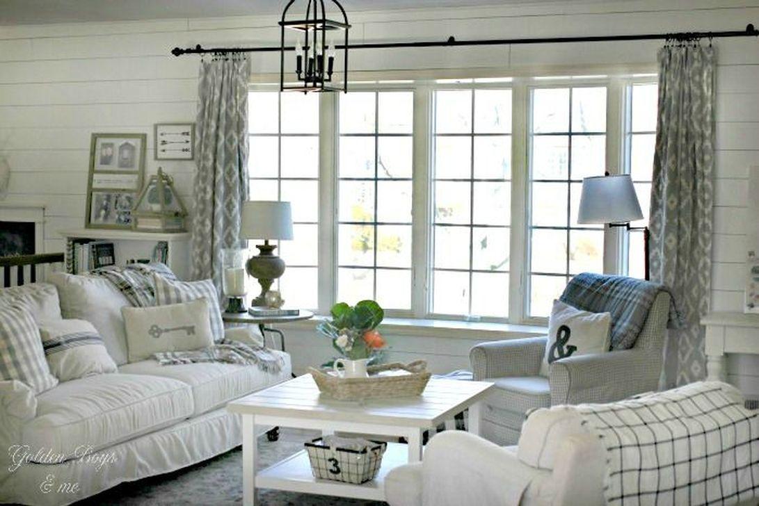 Fabulous Winter Living Room Decor Ideas 01