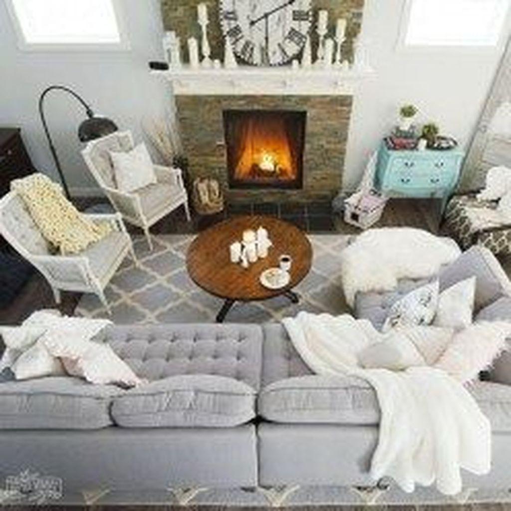 Fabulous Winter Living Room Decor Ideas 07