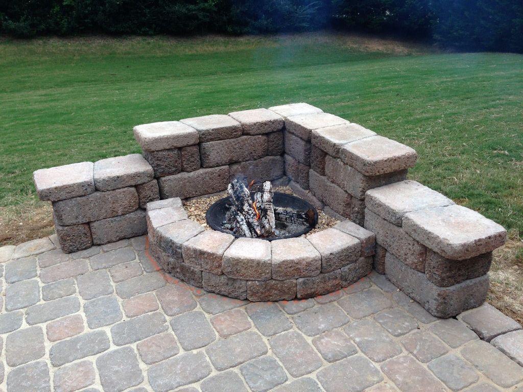 Inspiring Backyard Fire Pit Ideas 25