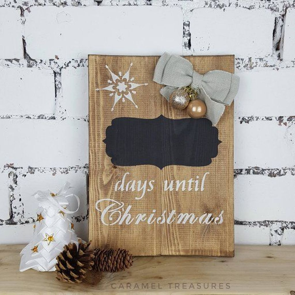 Inspiring Christmas Chalkboard Signs Design Ideas 05