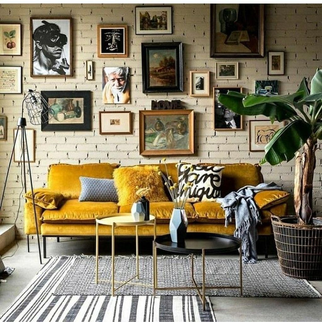Lovely Bohemian Living Room Decor Ideas 32
