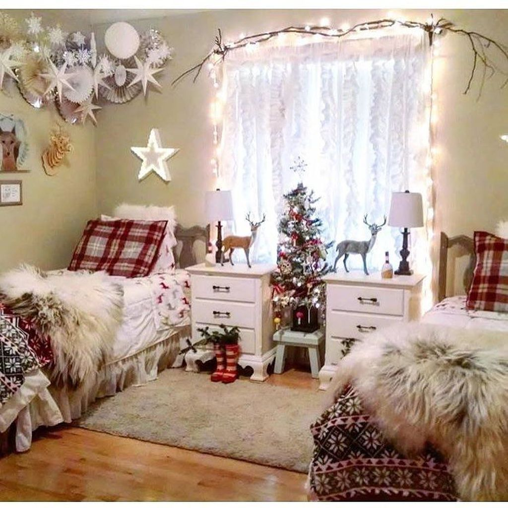 Lovely Christmas Kids Bedroom Decorations 08