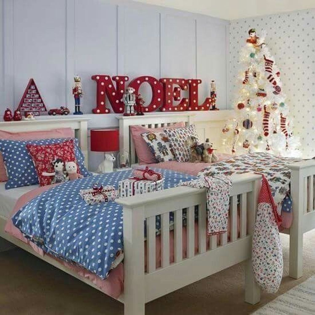 Lovely Christmas Kids Bedroom Decorations 21