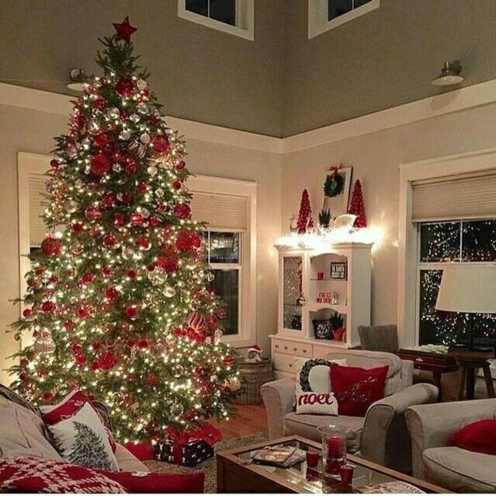 35 lovely christmas living room decor ideas  magzhouse
