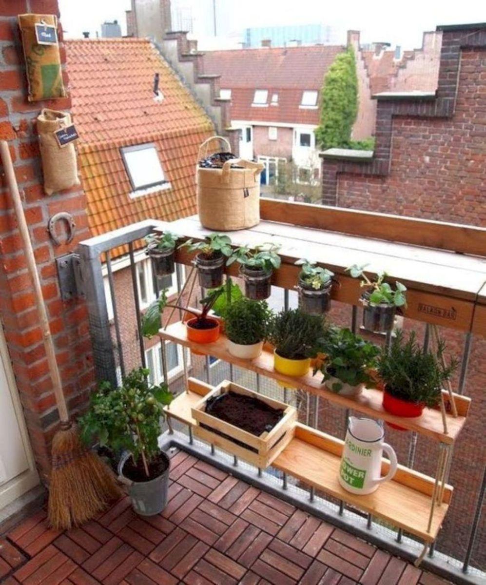 Lovely Small Apartment Balcony Design And Decor Ideas 13