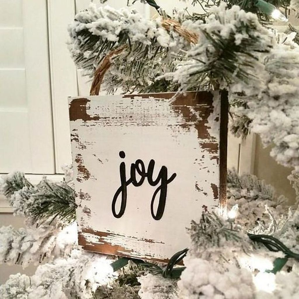 Nice Christmas Rustic Ornaments For Home Decoration 15