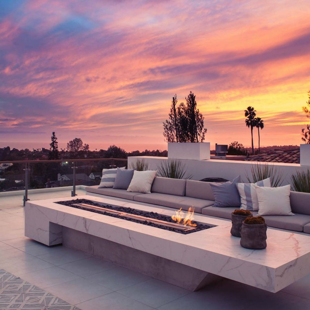 Nice Rooftop Terrace Design Ideas 09
