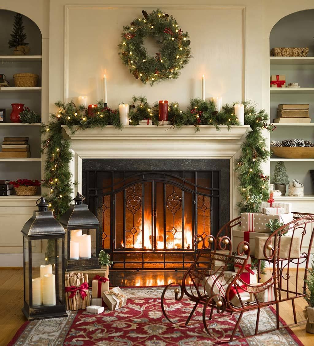 Popular Christmas Fireplace Mantel Decorations That You Like 21