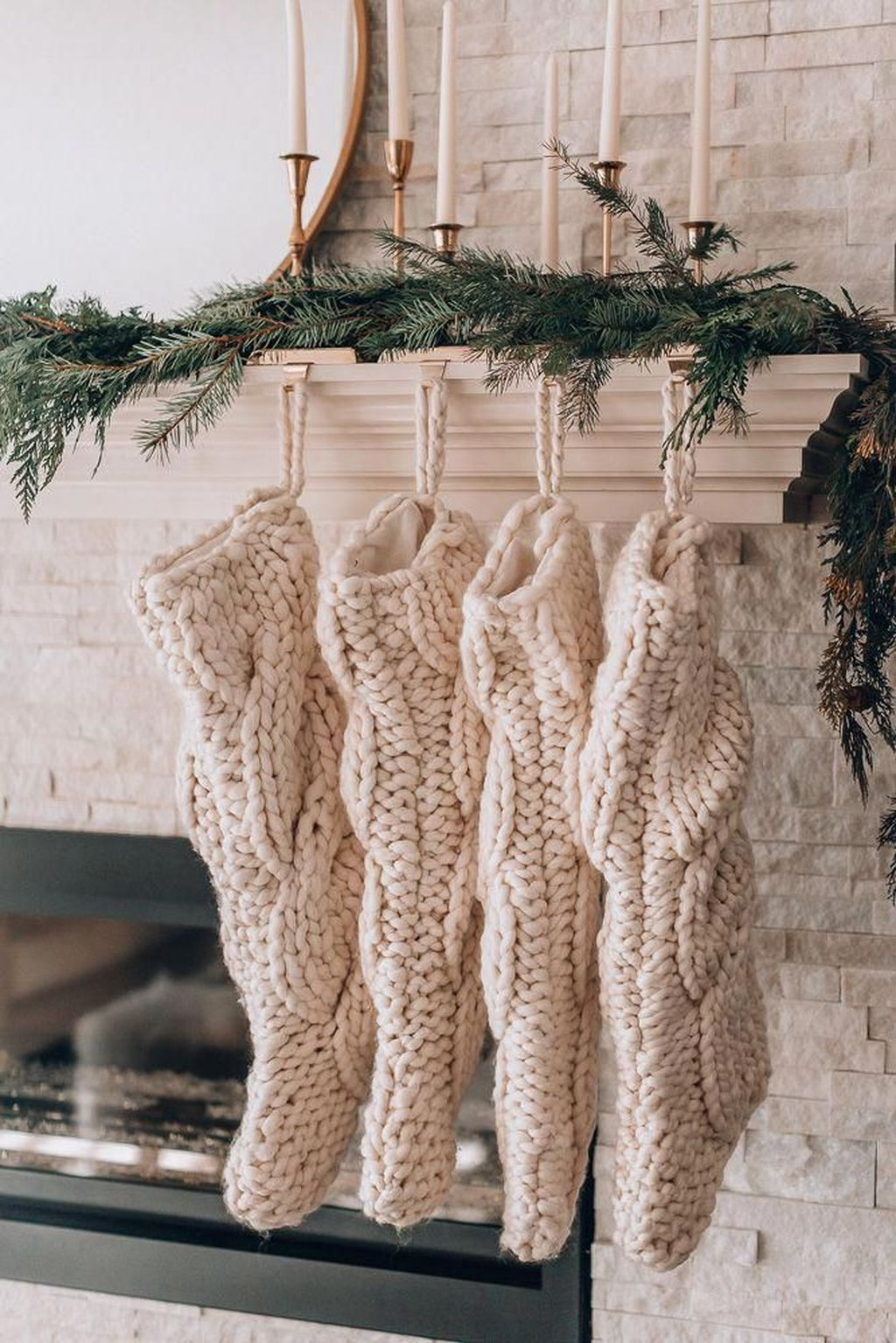 Popular Minimalist Winter Decor Ideas You Should Try 19