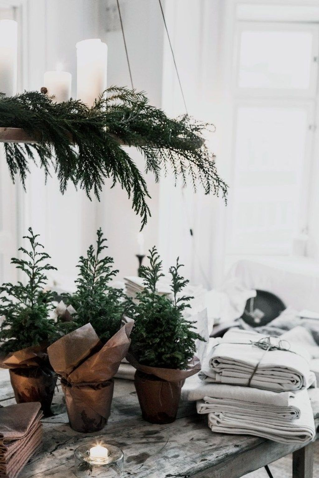Popular Minimalist Winter Decor Ideas You Should Try 32