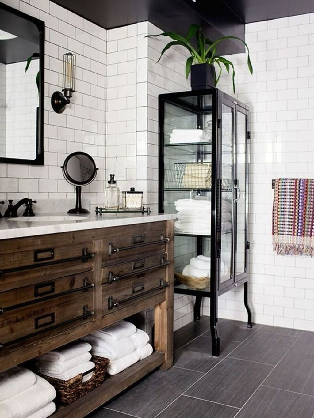 Stunning Industrial Bathroom Design Ideas 19