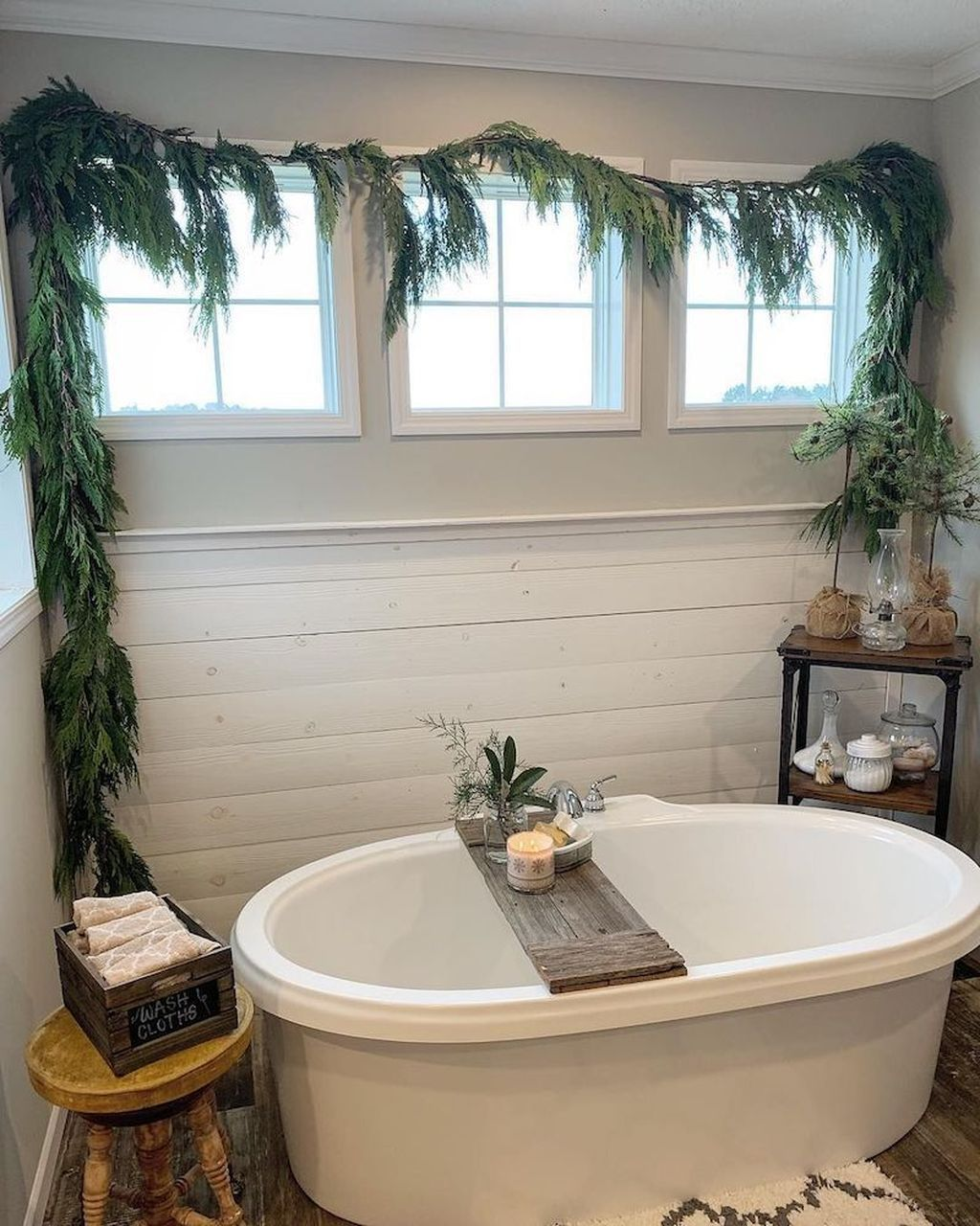 The Best Winter Bathroom Decor Ideas 01