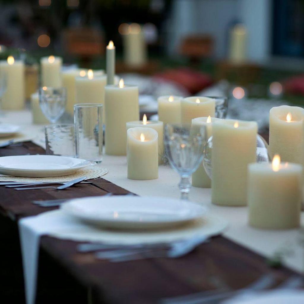 Nice Winter Table Centerpieces Decoration Ideas 01