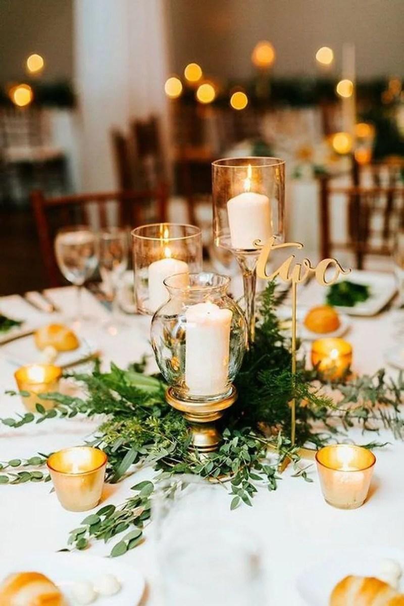 Nice Winter Table Centerpieces Decoration Ideas 07