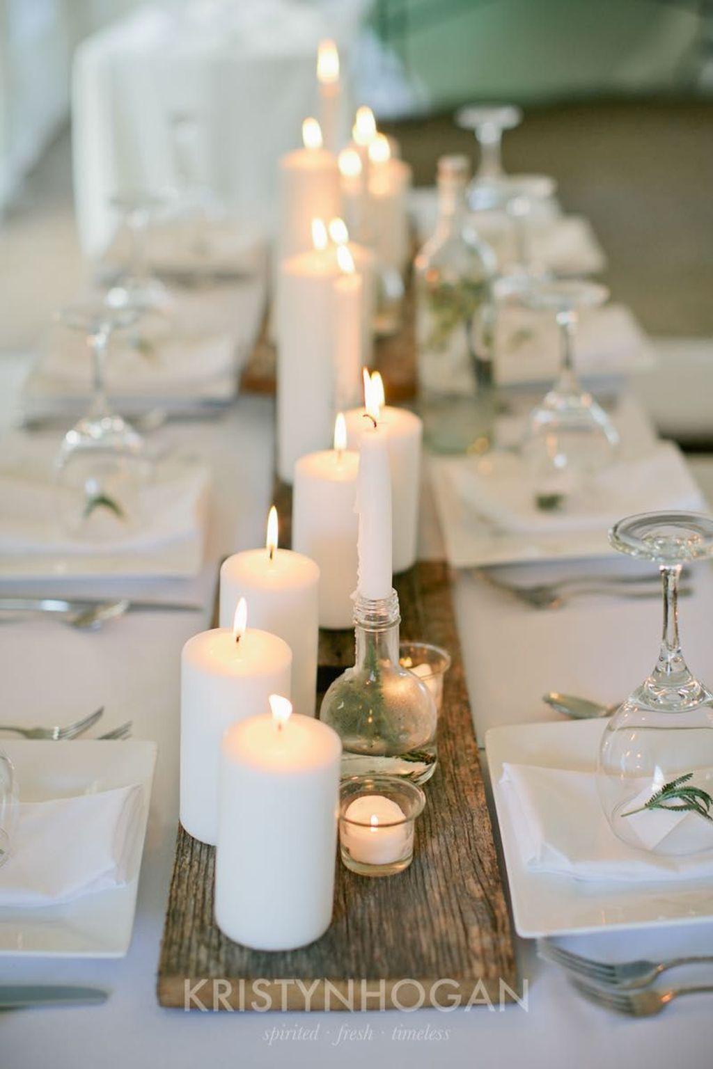 Nice Winter Table Centerpieces Decoration Ideas 19