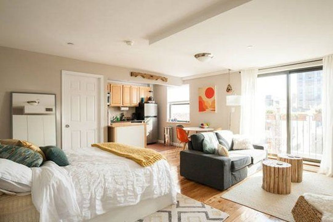 Amazing Studio Apartment Layout Ideas 04