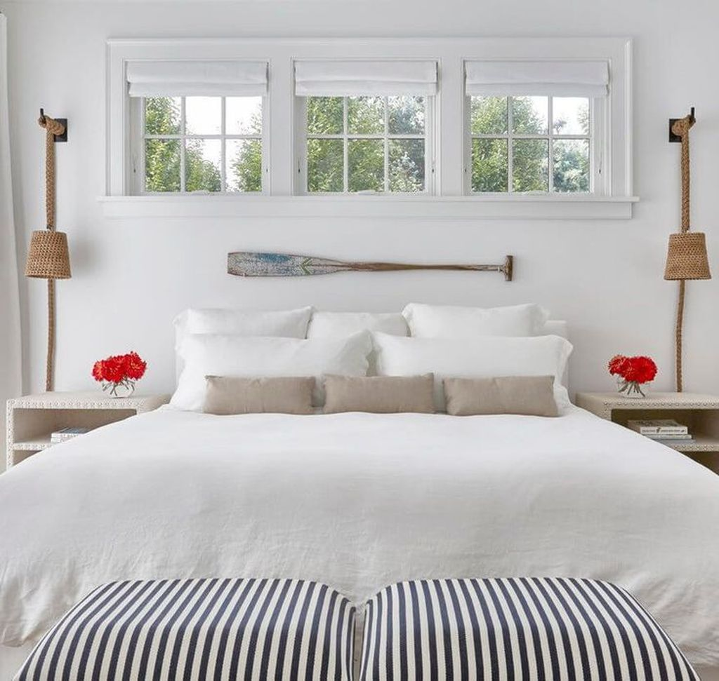 Awesome Cottage Bedroom Decoration Ideas 15