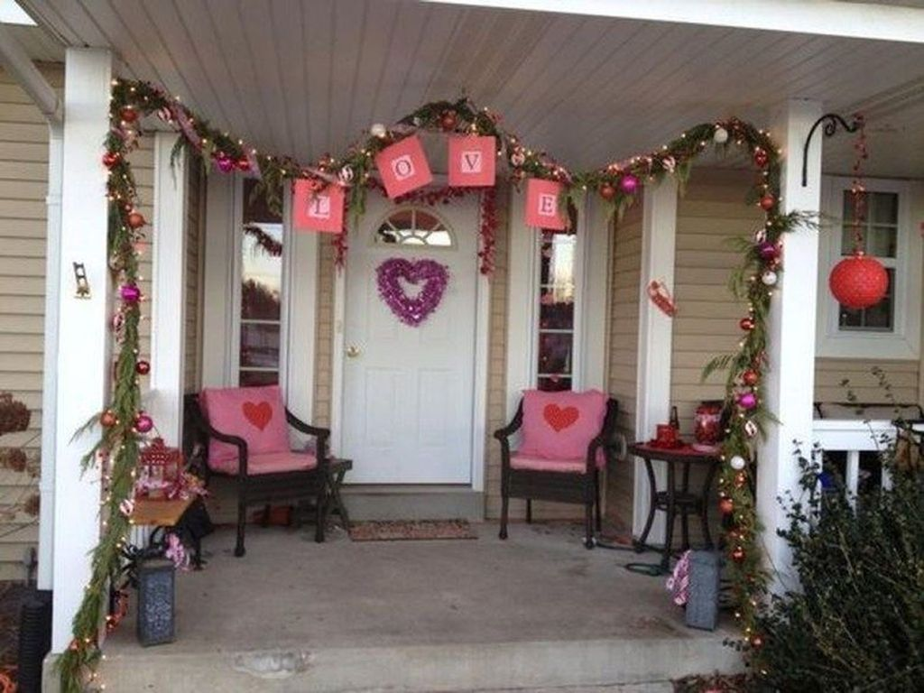 Awesome Valentines Day Porch Decor Ideas Which You Definitely Like 16
