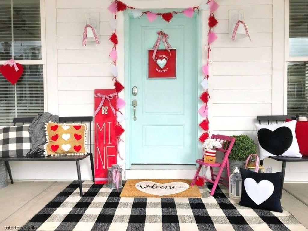 Awesome Valentines Day Porch Decor Ideas Which You Definitely Like 17