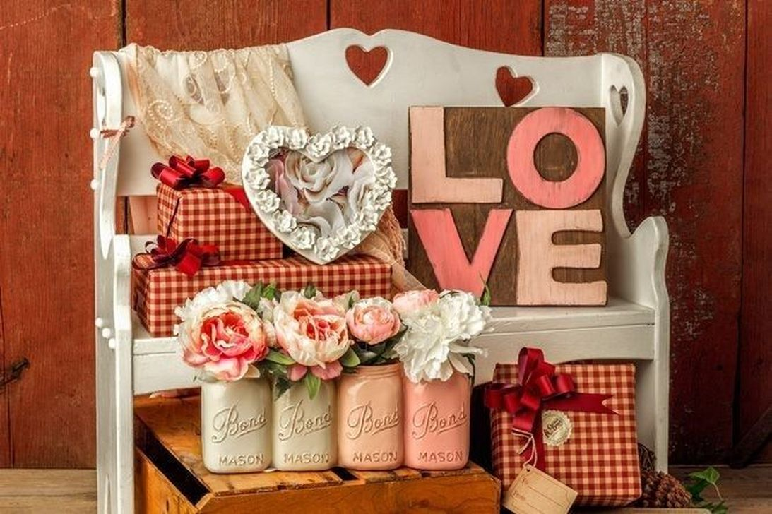 Awesome Valentines Day Porch Decor Ideas Which You Definitely Like 20