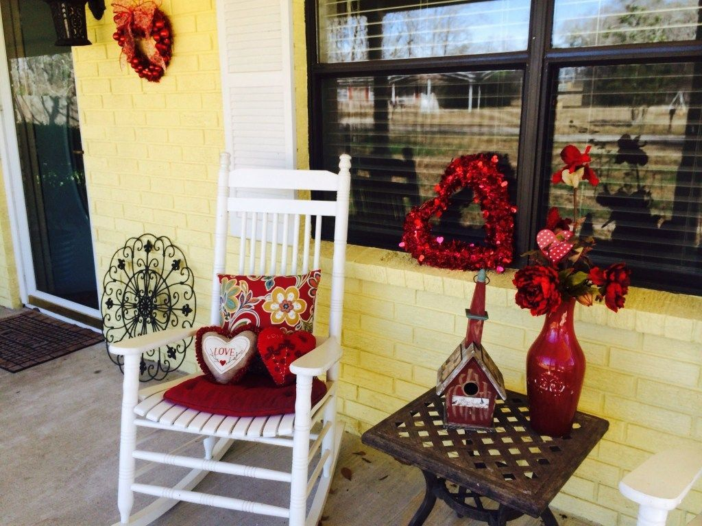 Awesome Valentines Day Porch Decor Ideas Which You Definitely Like 29
