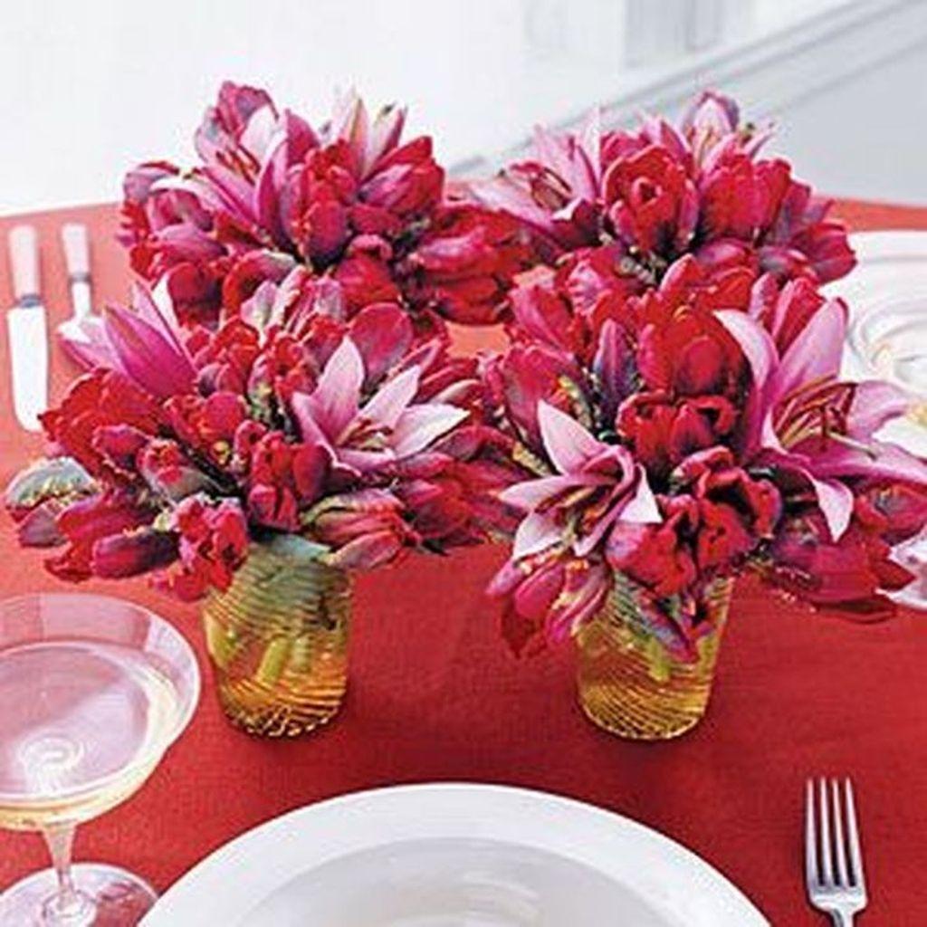Beautiful Valentine Flower Arrangements That You Will Like 10