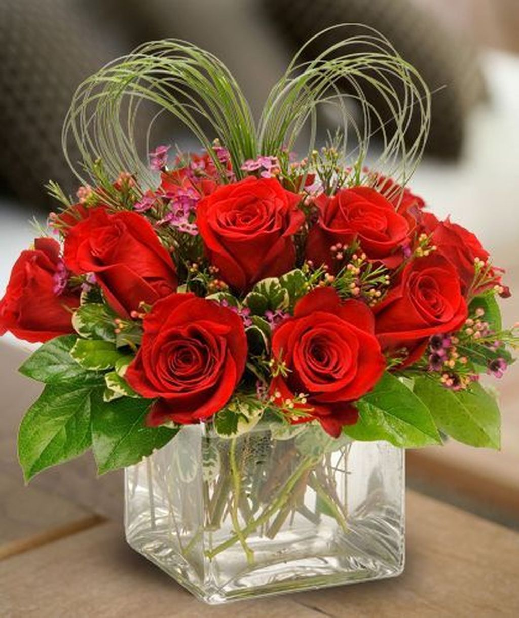 Beautiful Valentine Flower Arrangements That You Will Like 12
