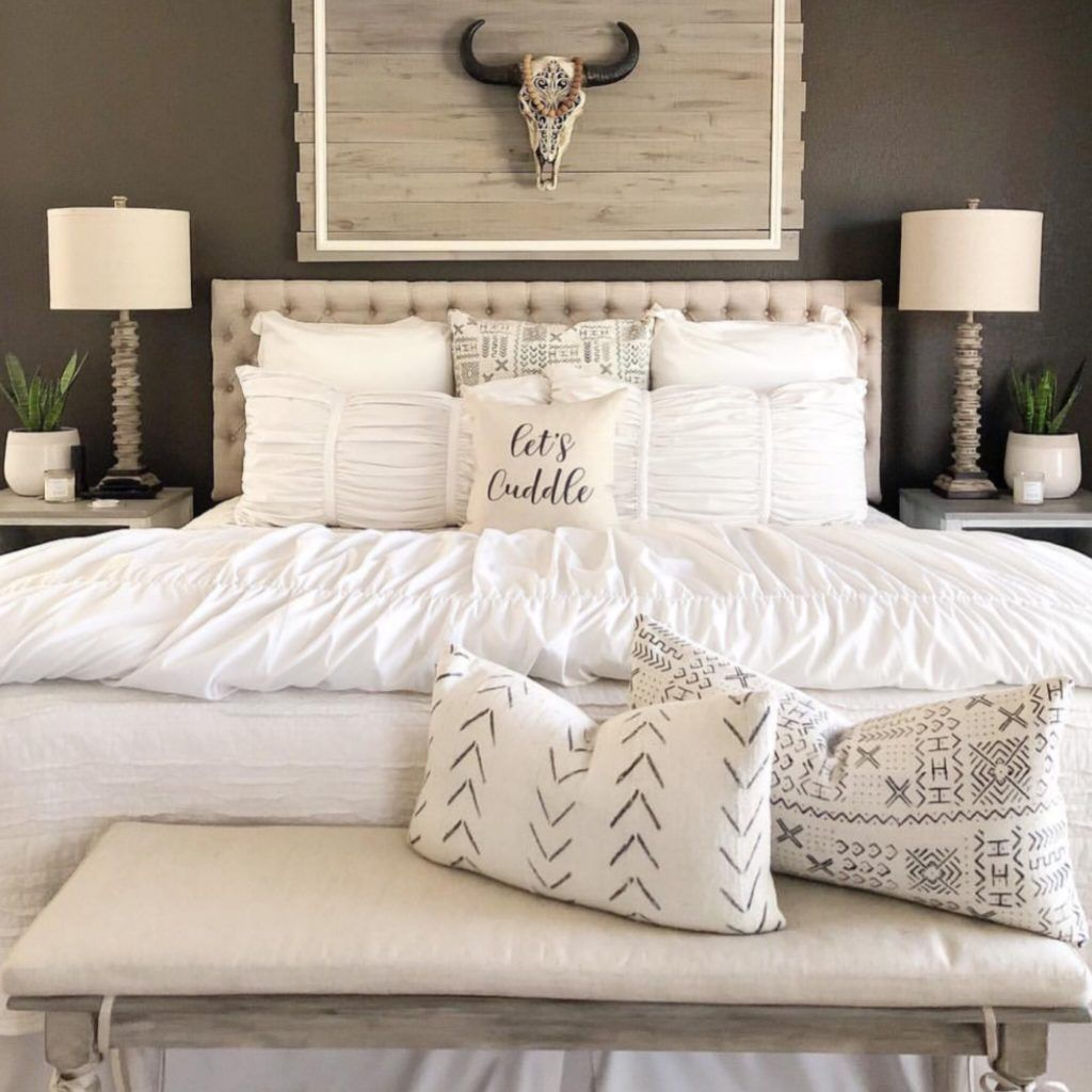Gorgeous Rustic Bedroom Design And Decoration Ideas 05
