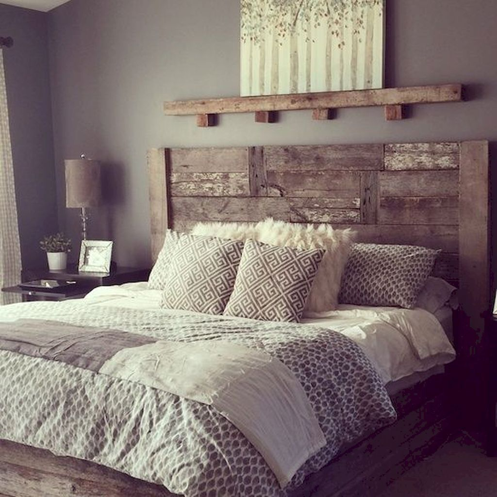 Gorgeous Rustic Bedroom Design And Decoration Ideas 25