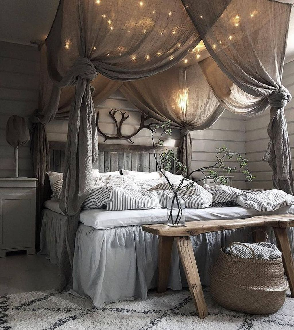 Gorgeous Rustic Bedroom Design And Decoration Ideas 32