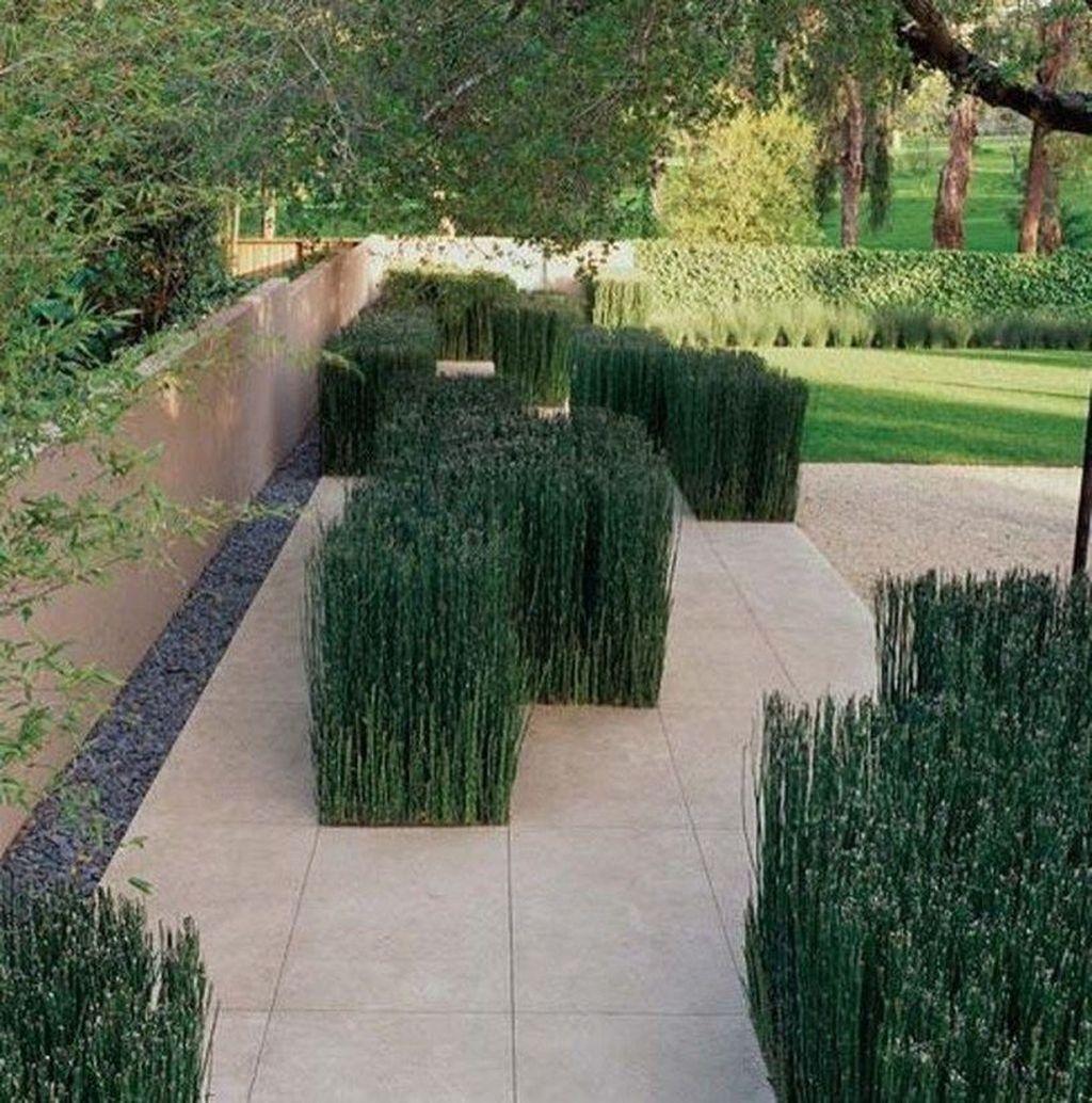 Inspiring Minimalist Garden Landscape Ideas That You Will Like 14