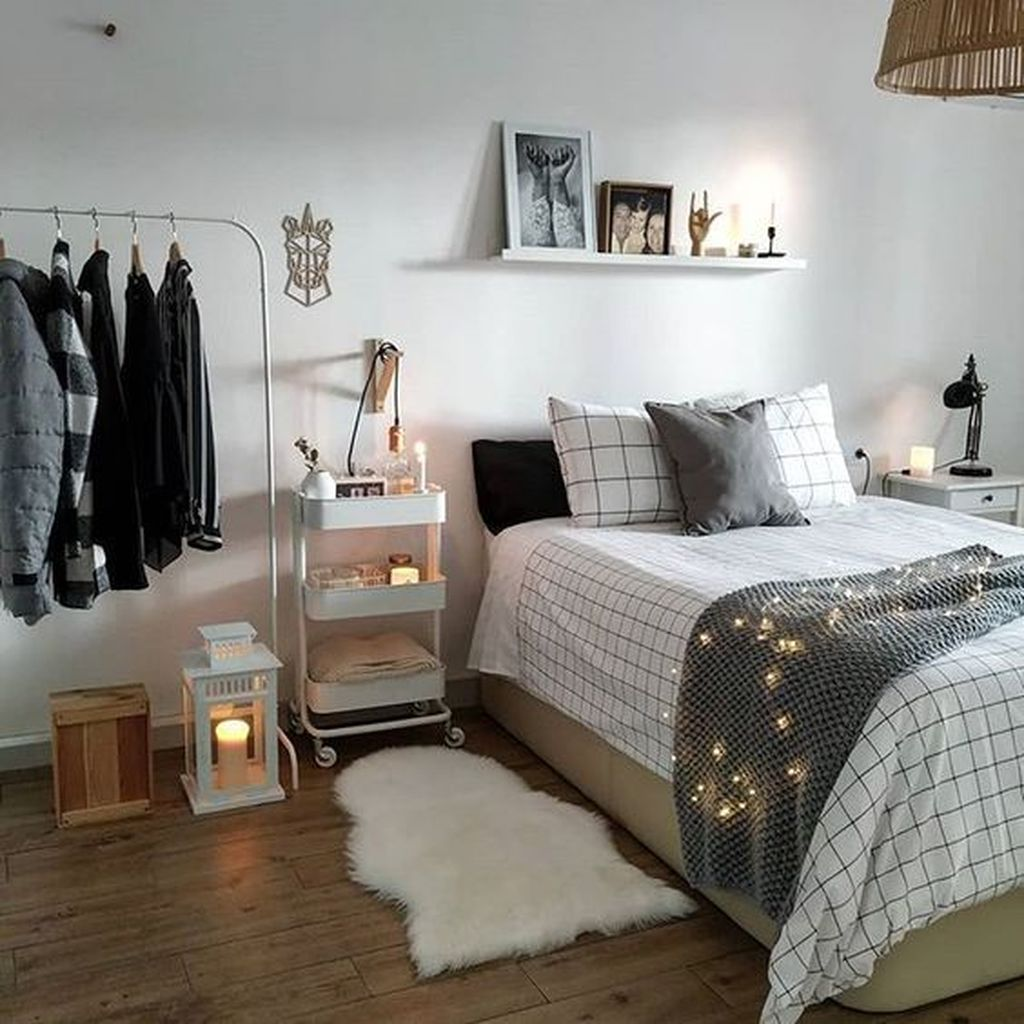 Inspiring Small Bedroom Ideas Which You Definitely Like 33