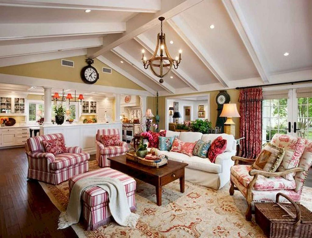 Popular French Country Living Room Decoration Ideas 27