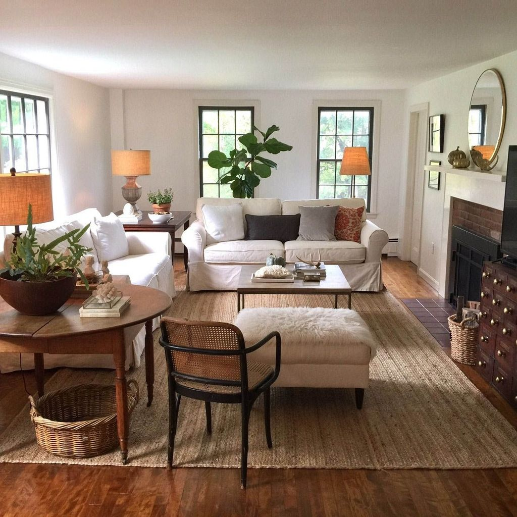 Popular French Country Living Room Decoration Ideas 32