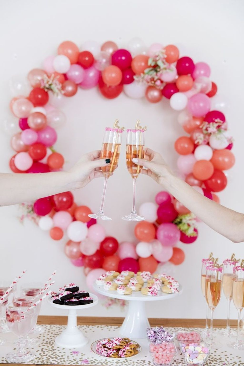Stunning Valentine Theme Party With A Romantic Feel 01
