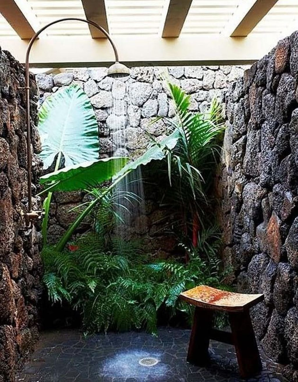 The Best Jungle Bathroom Decor Ideas To Get A Natural Impression 16
