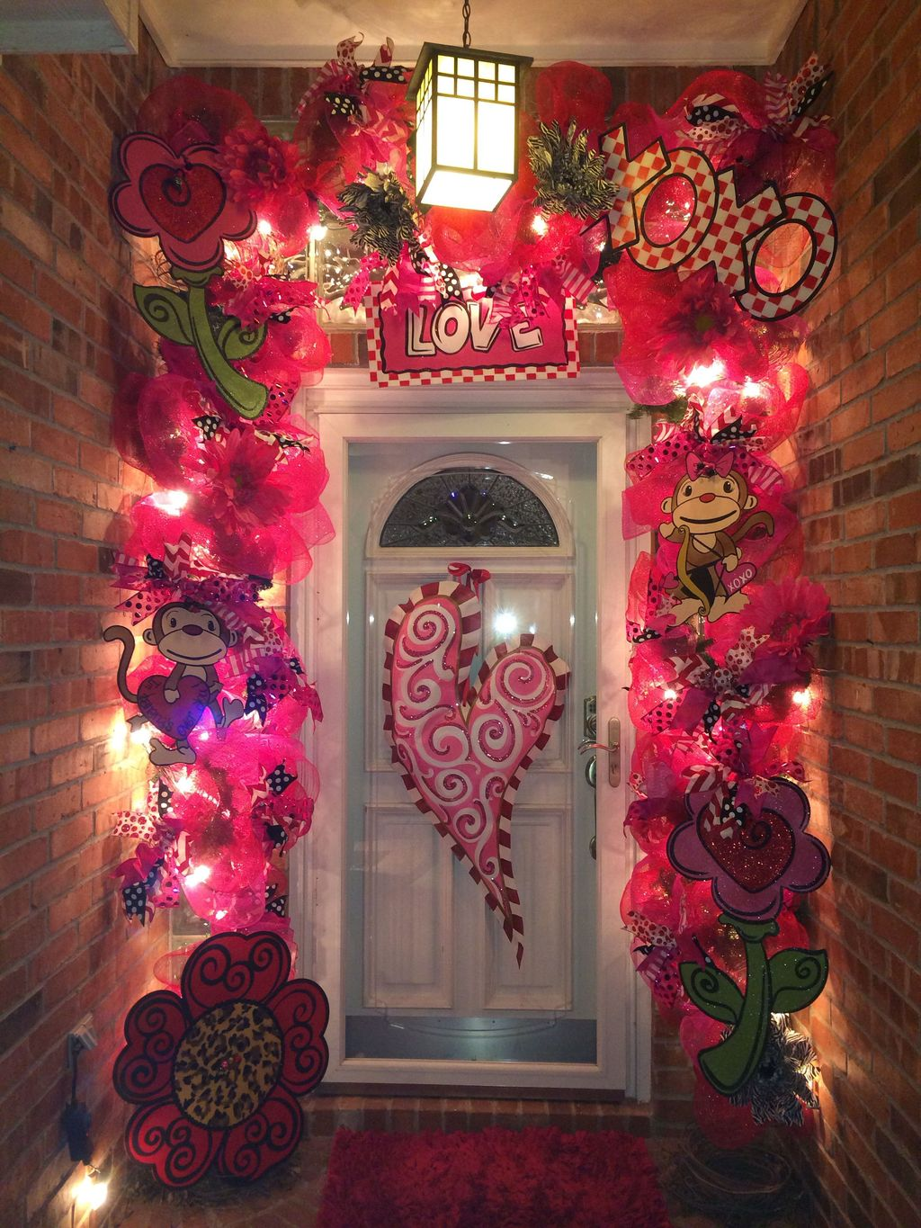 The Best Valentine Door Decorations 22
