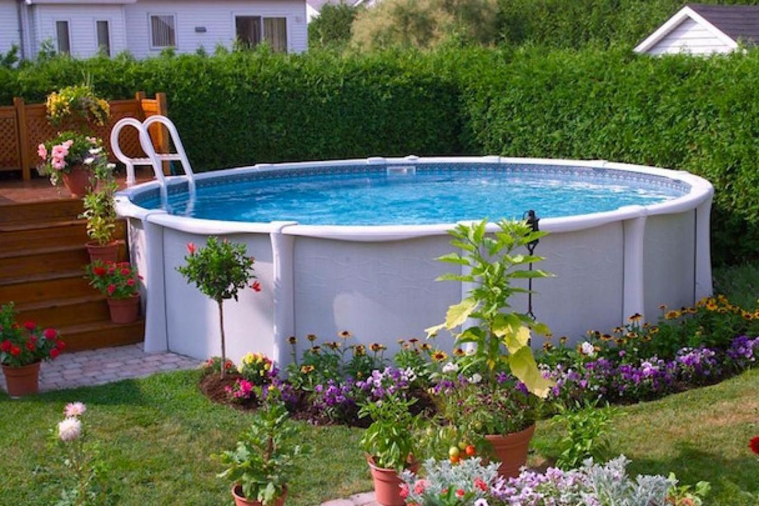 Amazing Ground Pool Landscaping That You Should Copy 26